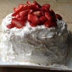 butter cake strawberry cream