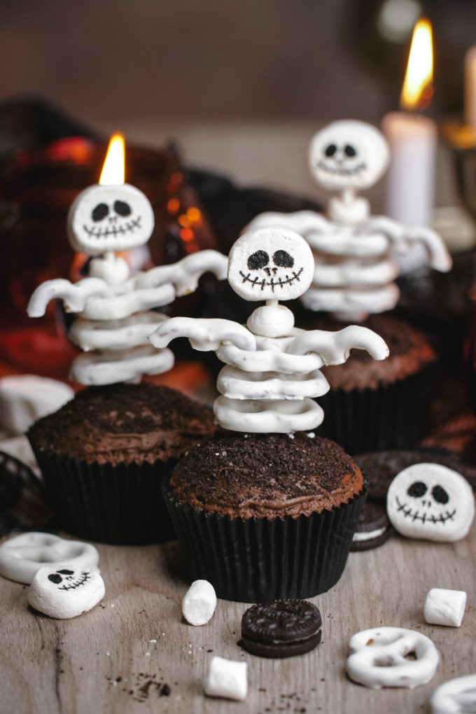 The perfect skeleton cupcakes made with marshmallows and yogurt covered pretzels