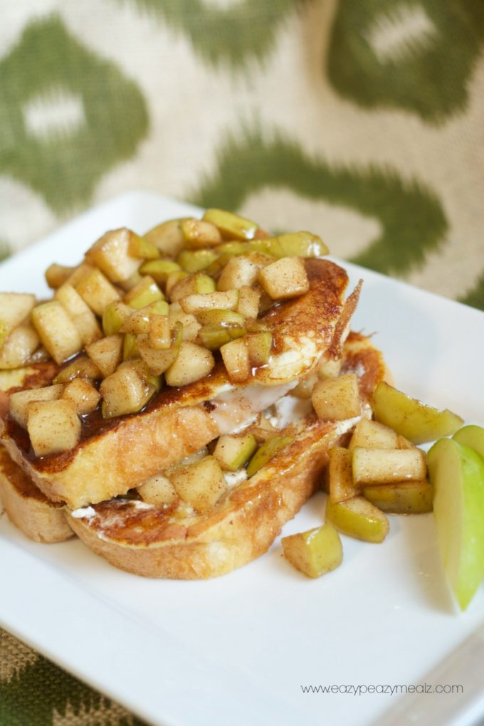 Apple Pie French Toast - Eazy Peazy Mealz