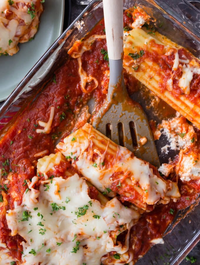 Chicken and Cheese Manicotti