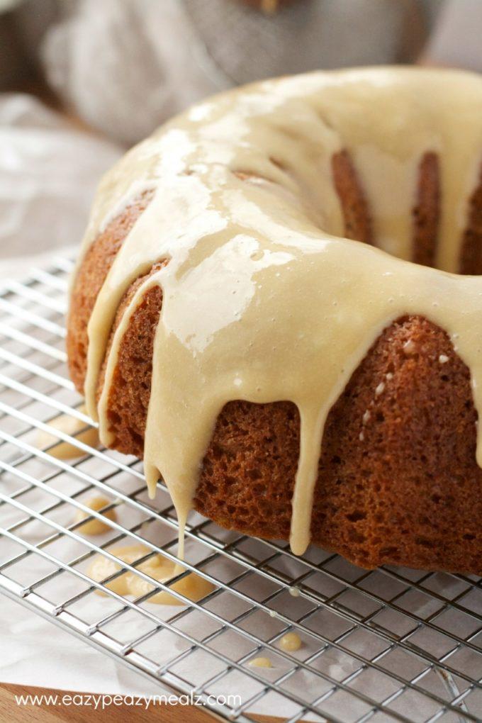eggnog caramel spice cake, a delicious fall cake
