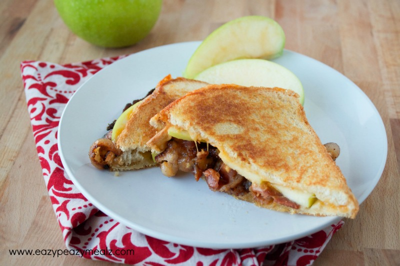 abc grilled cheese sandwich, an easy lunch or dinner, apples, bacon, and cheddar cheese sandwich