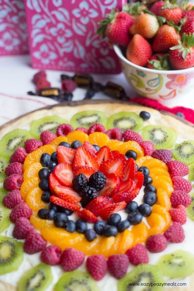 Fruit Pizza Perfect for Mother's Day