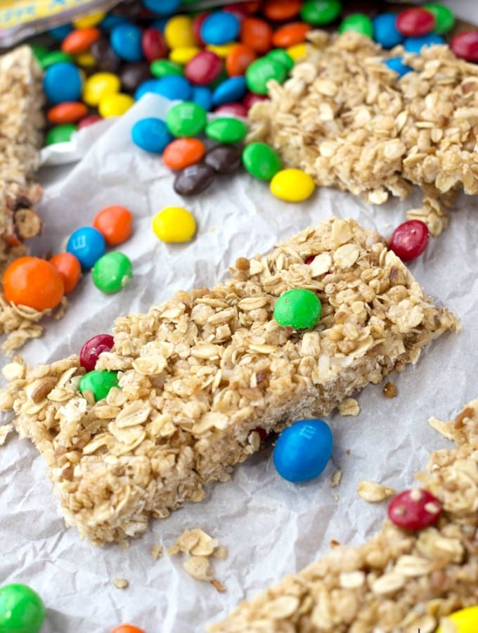 No bake Oatmeal Granola Bars with M&M's, perfect for summer fun!