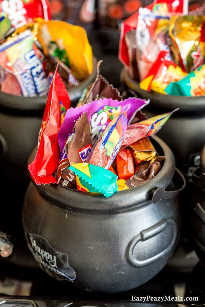 boo-cauldrons