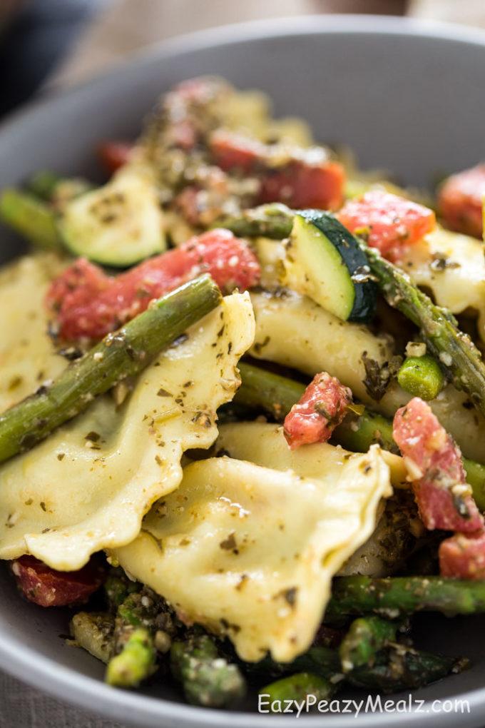 close-up-asparagus-ravioli