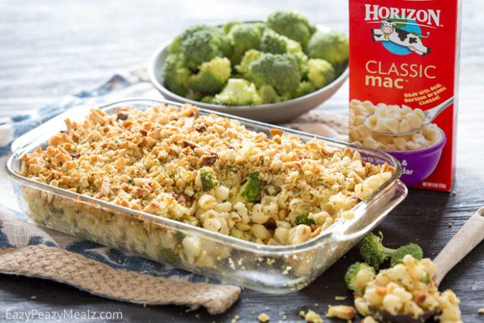 Easy White Cheddar 'n Broccoli Mac and Cheese Shells Casserole