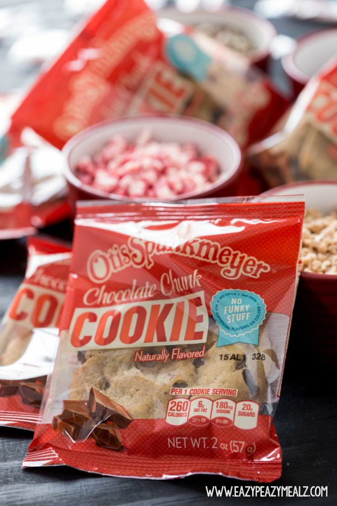 easy holiday cookies, a delicious holiday treat, a simple and yummy holiday treat