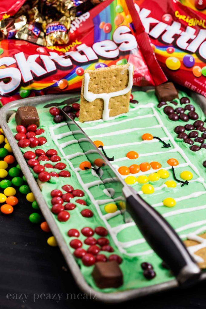 skittles-cookie-bar-cut