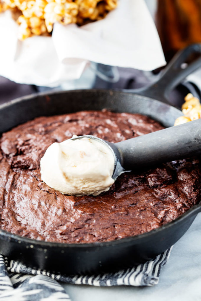 brownie skillet and vanilla ice cream, a delicious dessert option