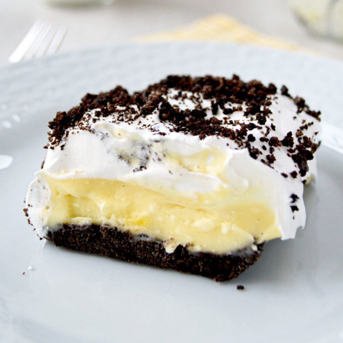 Oreo Cake with pudding, cream cheese and whipped cream!