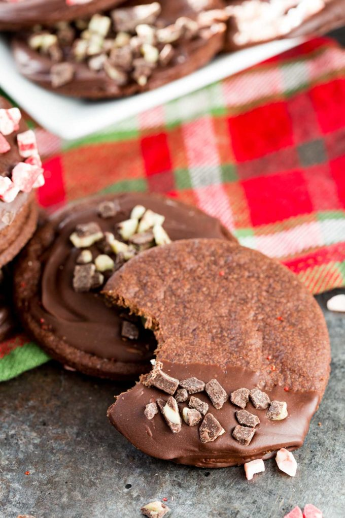 Peppermint Chocolate Cookies - Eazy Peazy Mealz
