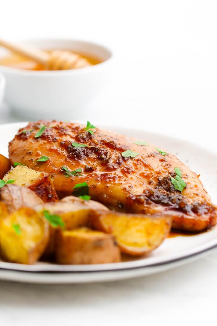 Honey Garlic Sheet pan Chicken! Cooked with potatoes