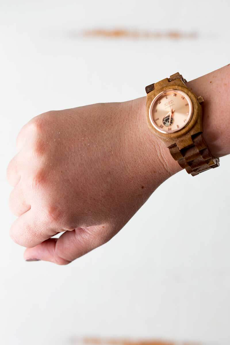 Jord watch, wood watch on wrist