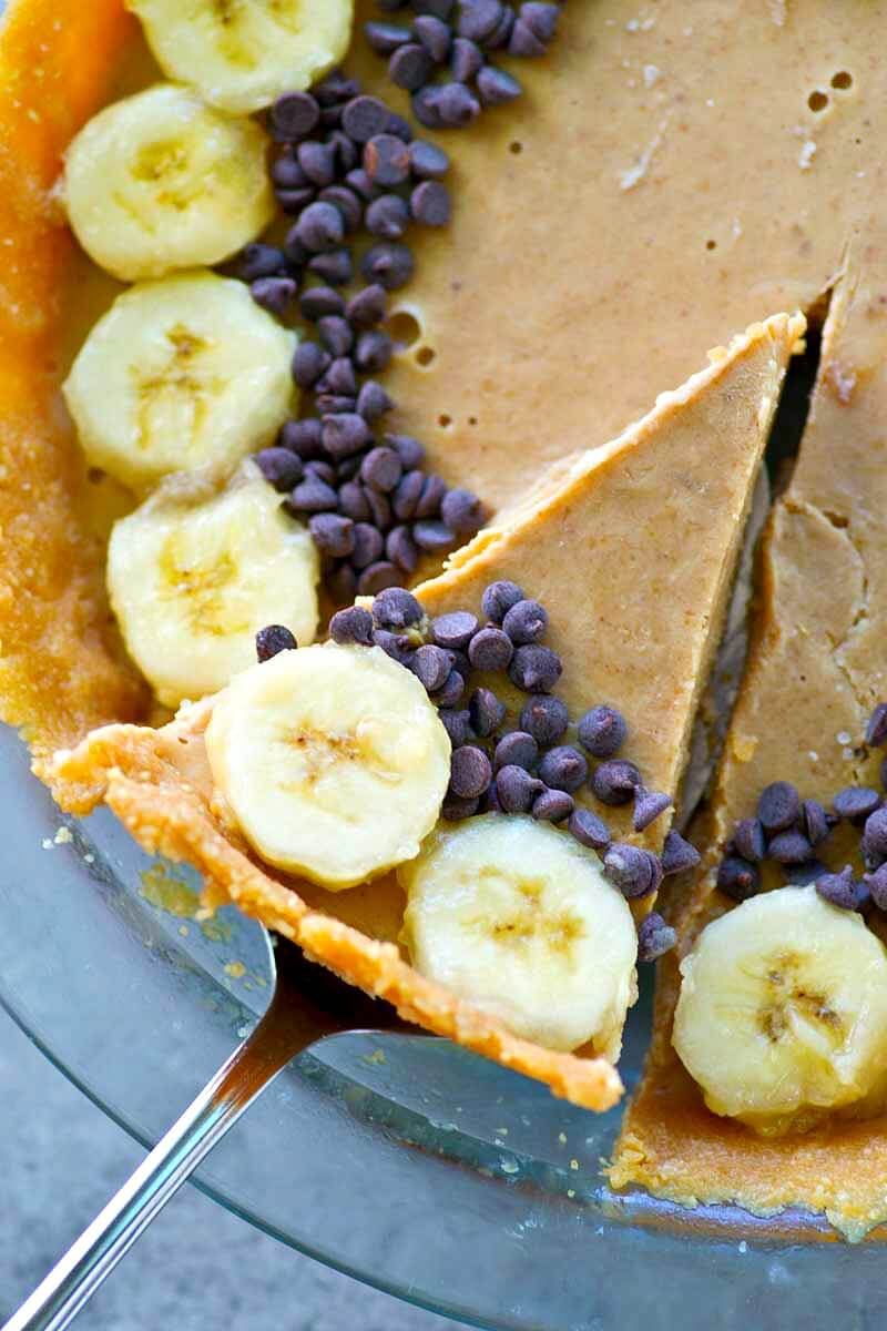 Lighter No-Bake Peanut Butter Banana Pie: This lighter twist on peanut butter pie is so easy to make and is also jam-packed with amazing flavors.