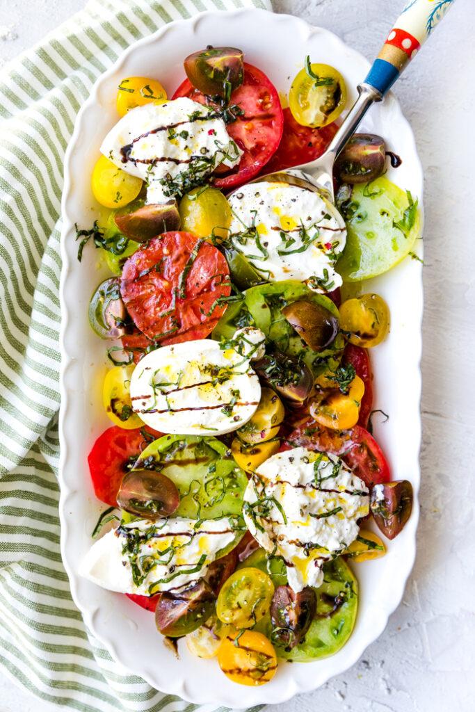 tomato burrata salad