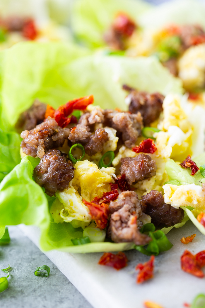close up image of breakfast lettuce wraps