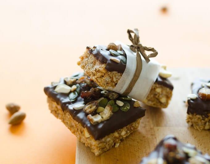 Easy Chocolate-Dipped Granola Bars