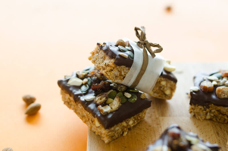 Easy Chocolate-Dipped Granola Bars