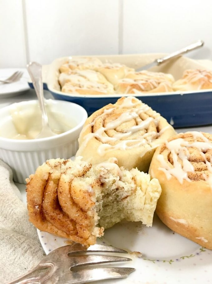 In Content 3 Simple Cinnamon Rolls Easy www.LifesLittleSweets.com for www.eazypeazymealz.com 800x1067