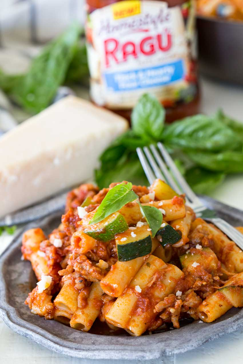 spicy sausage and zucchini skillet ziti, the perfect lunch or dinner for the family, it can be an awesome freezer meal too