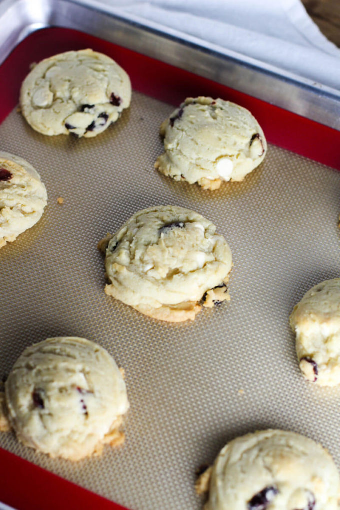 White Chocolate Cranberry Cookies - Eazy Peazy Mealz