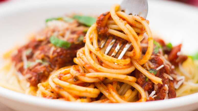 Delicious homemade spaghetti sauce, that is thick, rich, and perfect.