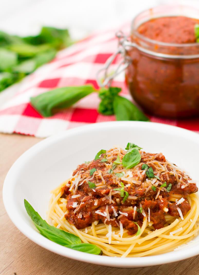 Delicious spaghetti dinner using homemade spaghetti sauce
