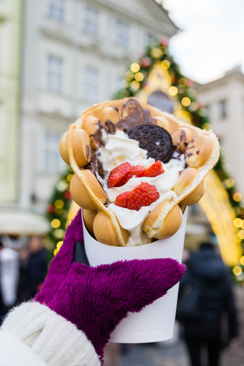 Bubble waffles at the Christmas market, Christmas market food
