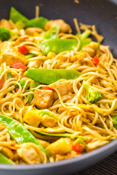 Delicious garlic chicken lo mein