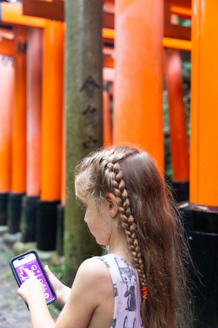 Kids using messenger kids when traveling