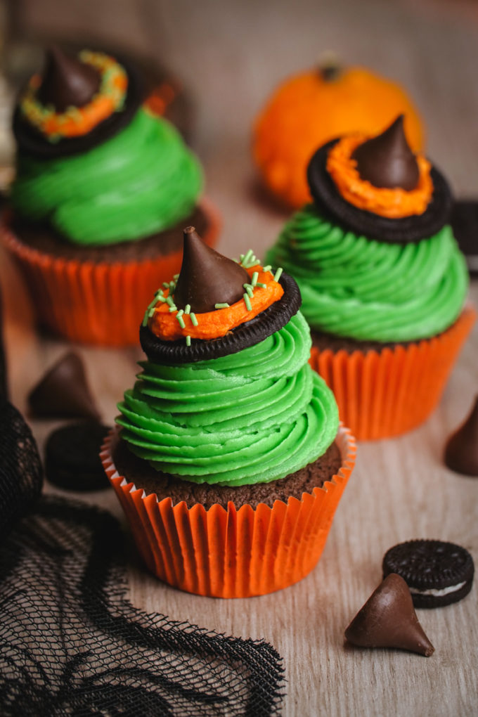 Halloween Cupcakes Witches Hat Cupcakes Easy Peasy Meals
